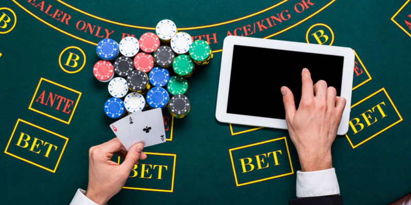 A Simple Explanation on How to Play Online Poker in the US